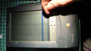 Broken Apple Newton MessagePad 100 OMP H1000 Flickering Display [Repaired]
