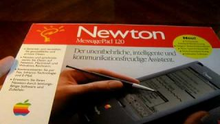 BRAND NEW! Apple Newton 120 Unboxing + Hardware tour [ITA]