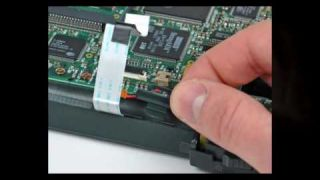 iFixit: Newton Messagepad 2000 Disassembly
